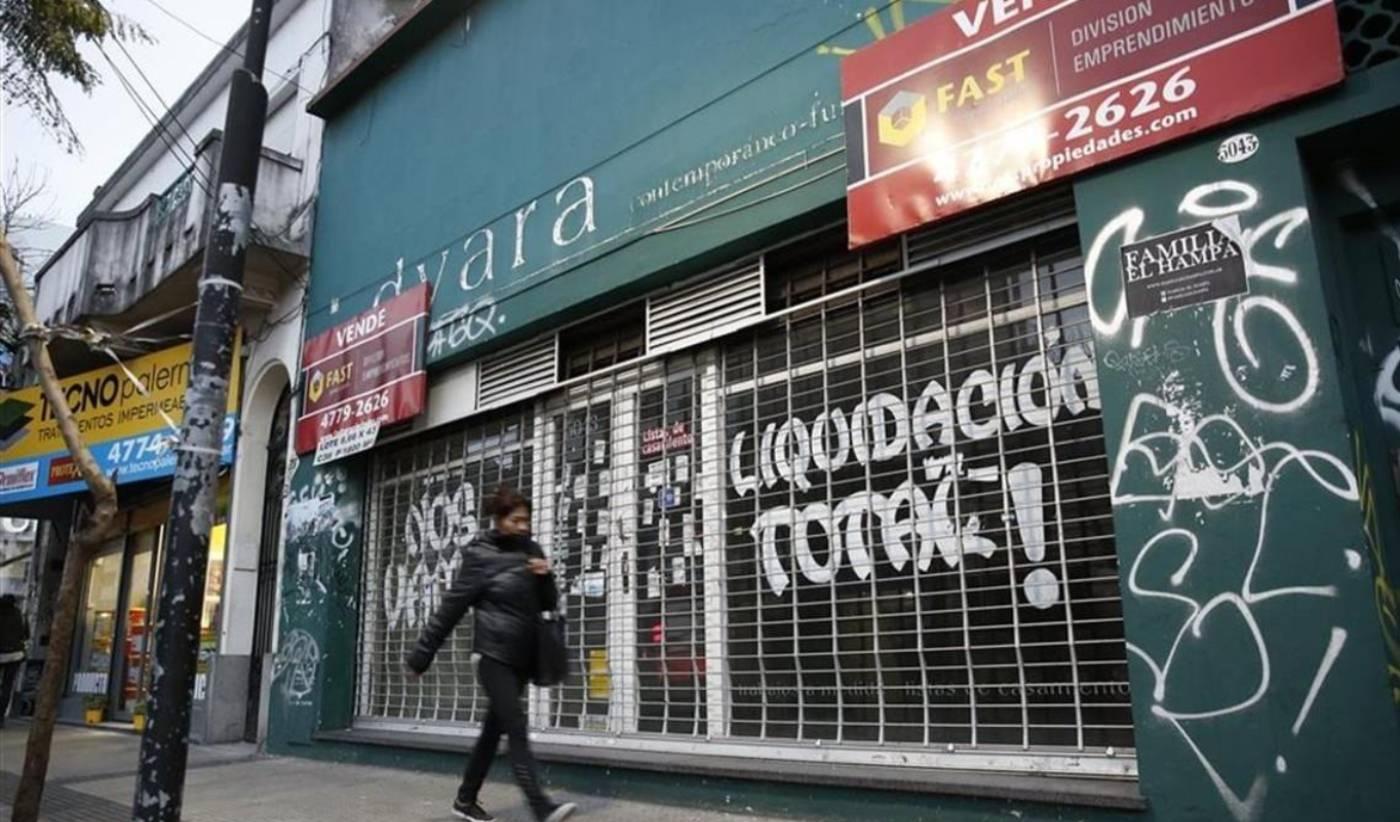 Entre marzo y abril, los locales vacíos de la Ciudad crecieron un 65% ? FM  Boedo 88.1